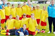 Královéhradecký fotbalový výběr kategorie U-12 (ročník narození 2004) při semifinálovém klání ČR v Hluku na Moravě.