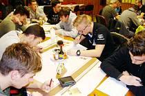 Na pořadu byly i testy z pravidel a soutěžního řádu.