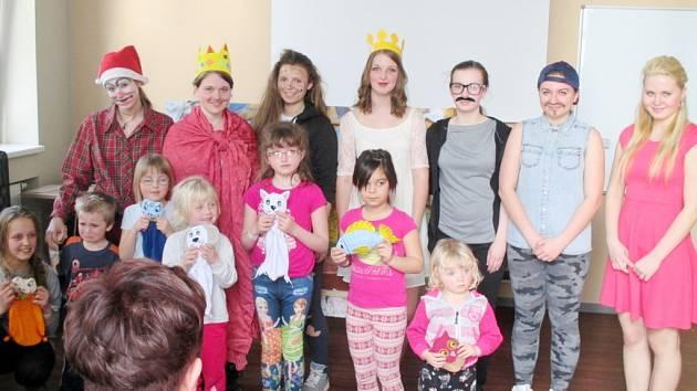 Aktivity žáků z domova mládeže zdravotnické školy v Hradci Králové.