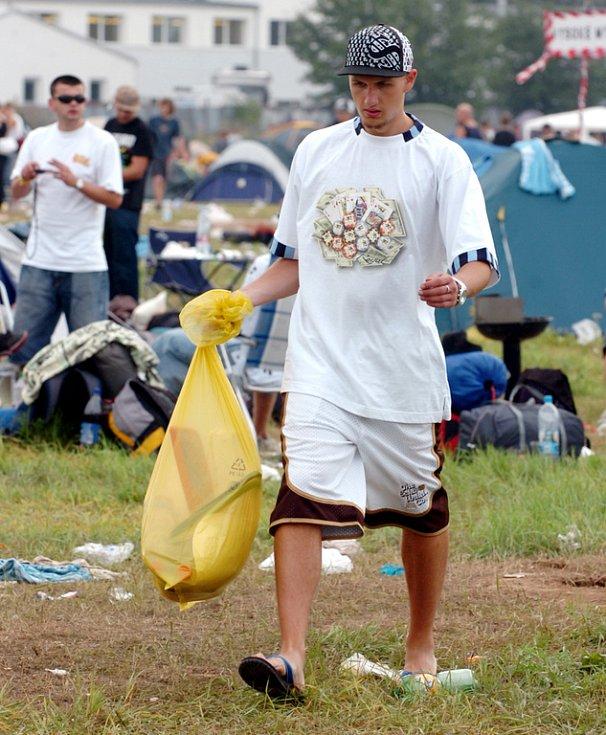 Úklid po Hip Hop Kempu 2007