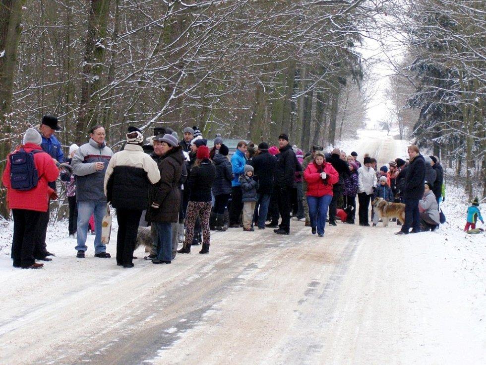 Silvestrovská procházka k Moraně v Lužském lese mezi obcemi Mlékosrby, Kosice a Písek.