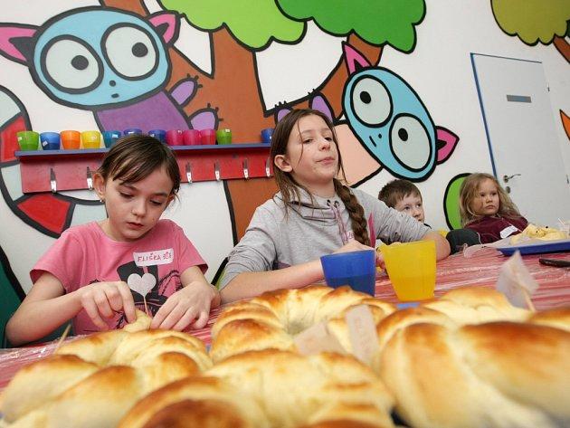 Dílna pro děti v hradeckém zábavním parku Tongo.