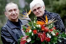 Z Hradce dostal nový prezident i kytici od manželů Jindrových.