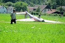 Havárie ultralehkého letadla u Svinar.