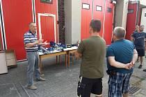 JSDH Chlumec nad Cidlinou Chlumec nad Cidlinou – Firma Nordstahl Servis dodala jednotce chlumeckých hasičů novou sadu elektrohydraulického zařízení Lukas eDraulic.