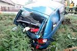 Dopravní nehoda dvou osobních automobilů v obci Klenice.