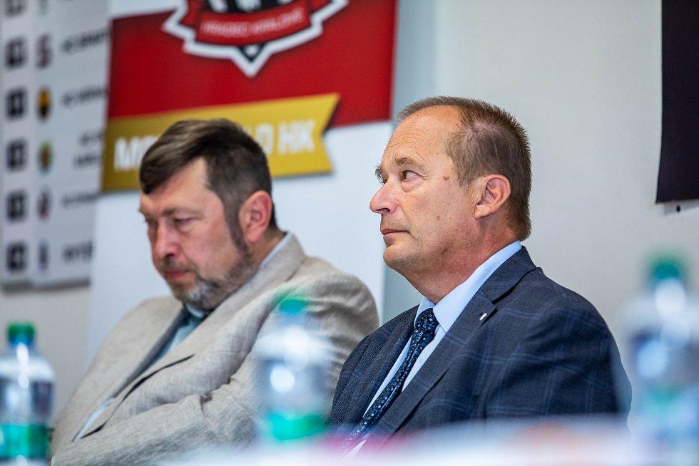 Miroslav Schön a Alexandr Hrabálek.