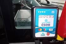 Jízdu v MHD budou moci lidé uhradit i bankovními kartami