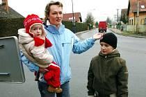 Sdružení Pouchov pro život bojuje proti s trasou severní tanegenty. Jedna ze zakládajících členek Soňa Blatníková
