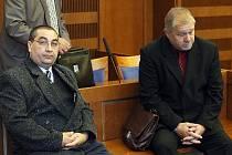 Obžalovaní z podvodu při obchodu s řepkou: Pavol Karvay a  Jaroslav Soušek (zleva).