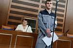 Soud s Richardem Bendou obviněným z vraždy.