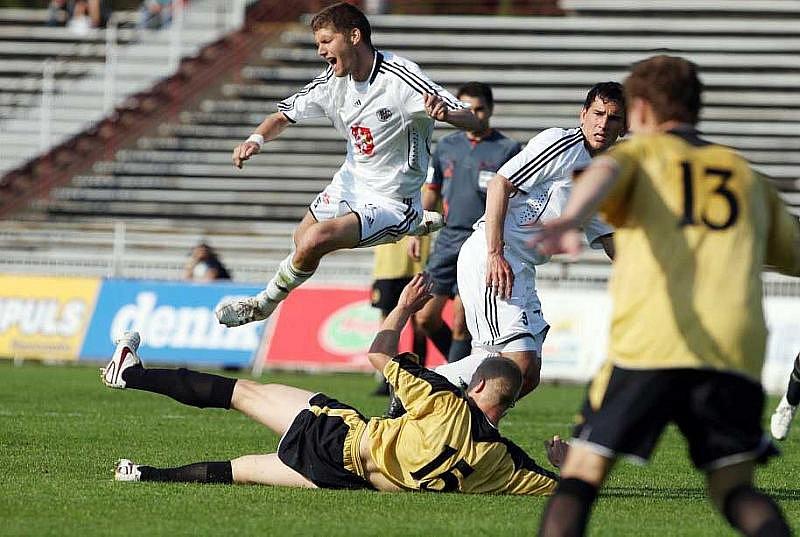 Utkání 26. kola II. fotbalové ligy: Hradec Králové - Čáslav 0:0  (Neděle 9. května 2010)