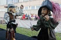 Pirátská pohádka byla určena dětem z příměstského tábora královéhradecké ZŠ Štefcova.
