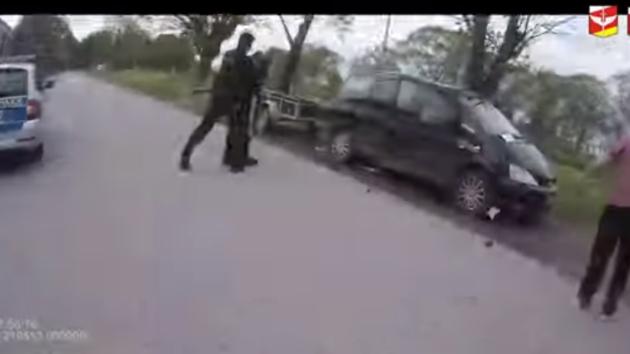 Policisté uklidňovali rvačku.