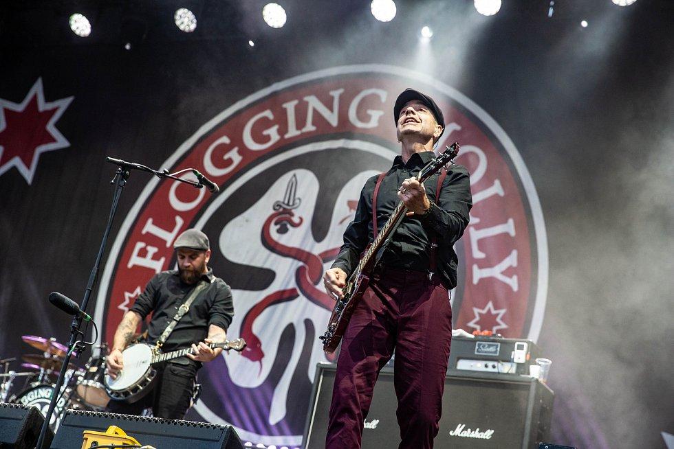 Z festivalu Rock for People: Flogging Molly.