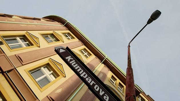 Hradec Králové, Klumparova ulice, místo, kde došlo k vraždě staré ženy