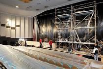 Kino Centrál se může pyšnit novým speciálním plátnem, díky němuž 16. února spustí 3D promítání.