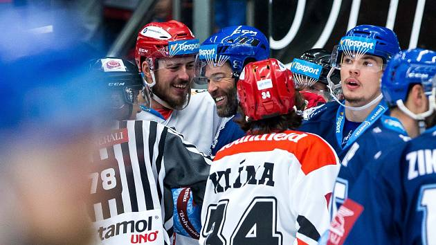 Hokejová extraliga: Mountfield HK - Rytíři Kladno.