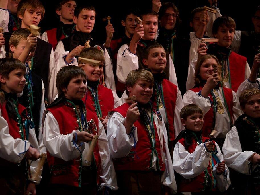 Český chlapecký sbor Hradec Králové na turné v Kanadě.