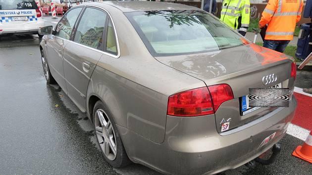 Během pouhého půldne zaměstnaly policisty hned dva hříšníci, kteří způsobili nehodu a řídili pod vlivem alkoholu.