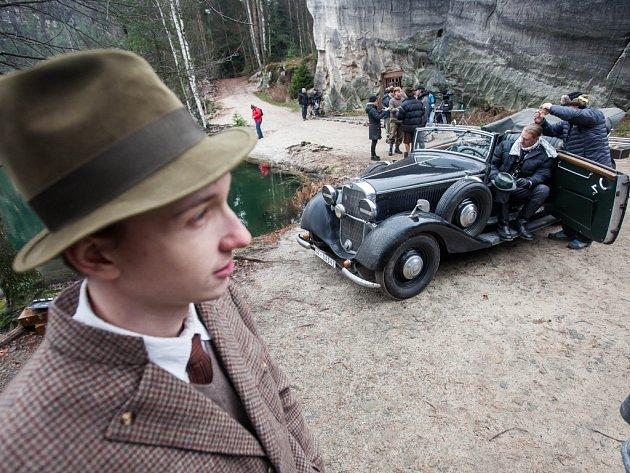 Natáčení filmu Tenkrát v rájí v Adršpachu.