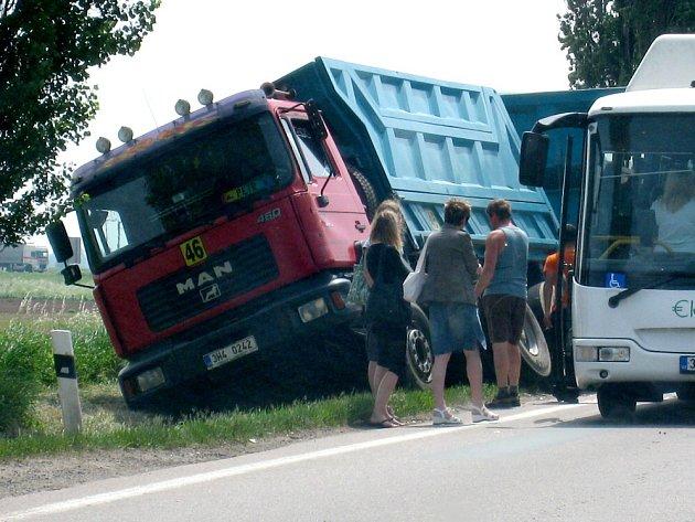 Nehoda u ČKD v Hradci Králové