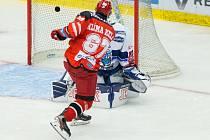 Vítězný gól: Takhle otevřel v utkání s Brnem skóre Kelly Klíma, jenž těžil z přesné přihrávky Vladimíra Růžičky ml.