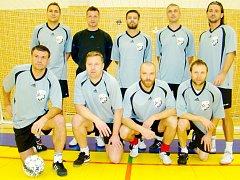 Vánoční charitativní fotbalový turnaj osobností: 1. FC Lábem Furt.