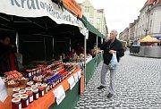 Ochutnávka výrobků nominovaných do soutěže Potravina a Potravinář Královéhradeckého kraje na Masarykově náměstí v Hradci Králové.