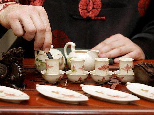 Vítání nového čínského roku provázel Jaroslav Dušek a Feng yun-Song ve Filharmonii v sobotu 6. února 2010.