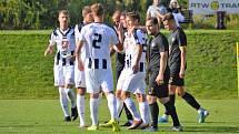 Fotbalová příprava: FK Přepeře - FC Hradec Králové.