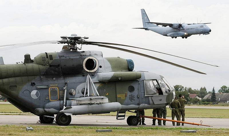 Největší tuzemská letecká přehlídka vojenské techniky Czech International Air Fest (CIAF) se po šesti letech vrací z Brna do svého rodného města Hradce Králové.