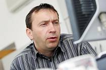 On-line rozhovor s Richardem Juklem, generálním ředitelem FCHK, pátek 28. května 2010.