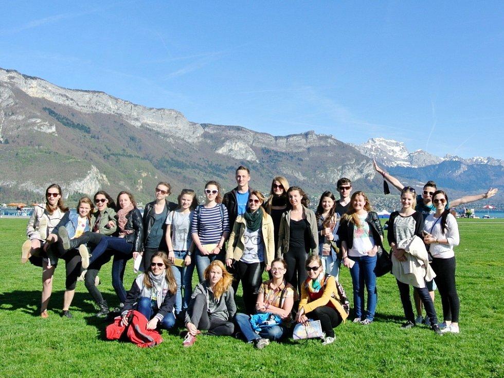 Studenti hradeckého gymnázia Boženy Němcové ve Francii.
