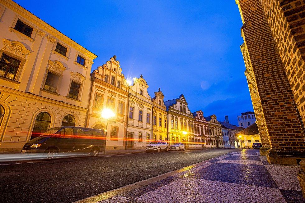 Velké náměstí (boční ulice u katedrály)
