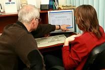 Volby 2008: Tým lidovců sleduje sčítání hlasů