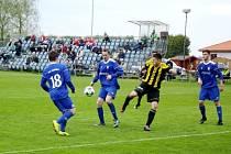 Fotbalová divize C: Kratonohy - Trutnov.