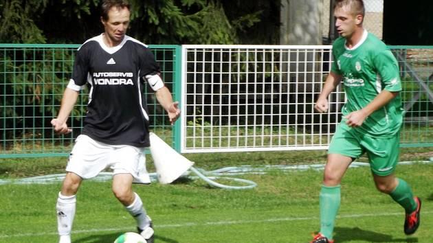 Fotbalový krajský přebor: Olympia Hradec Králové - Hořice.