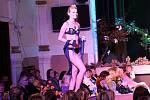 Jubilejní 25. ročník charitativní módní přehlídky Setkání s módou (8. listopadu 2010).