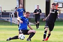 Okresní fotbalová CK Votrok III. třída: Dobřenice - Starý Bydžov.