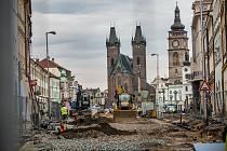 Rekonstrukce části Velkého náměstí v Hradci Královéf