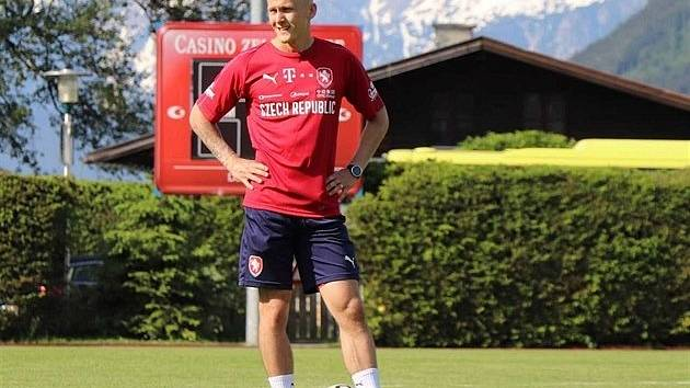 Životní turnaj! Ondřej Kraják, bývalý fotbalista Hradce Králové, je kondičním trenérem reprezentace do 21 let na mistrovství Evropy.