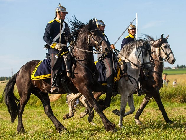 Odhalení pomníku jezdce a koně u Střezetic.