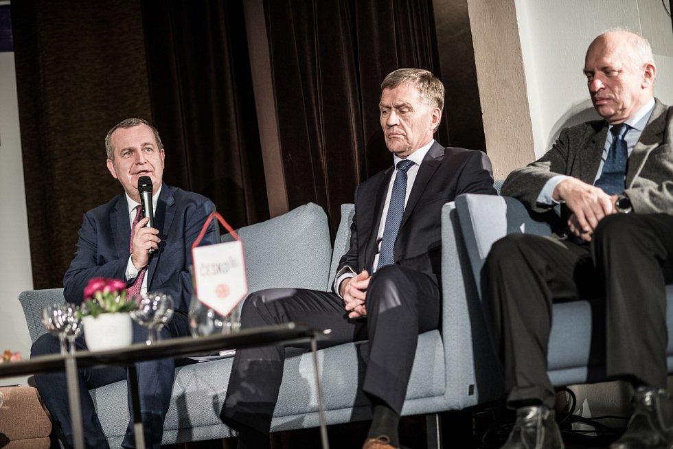 Veřejná diskuze Česko! A jak dál? v Hradci Králové.