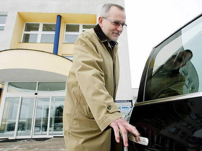 Primátor Hradce Králové Zdeněk Fink v Hradeckém deníku.