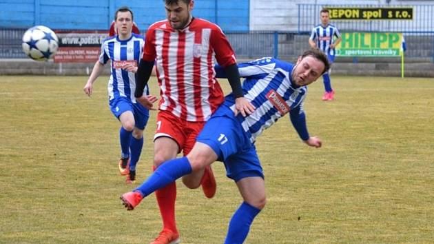 Krajský přebor ve fotbale: FK Náchod - SK Libčany.
