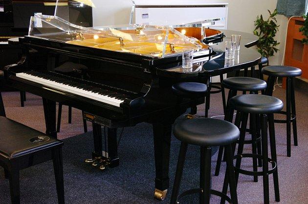 Piano - bar