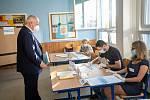 Ministr zdravotnictví Roman Prymula u voleb v Hradci Králové