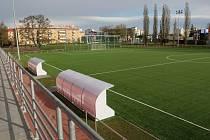 Zrekonstruovaný sportovní areál oddílu Slavia Hradec Králové.