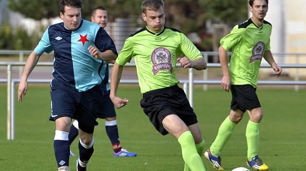 Krajský přebor ve fotbale: FC Slavia Hradec Králové - SK Dobruška.